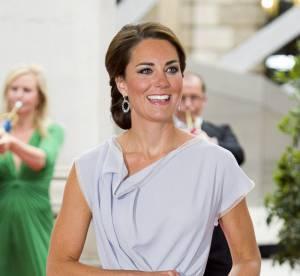 Kate Middleton : une délicate robe gris perle et des rumeurs de grossesse