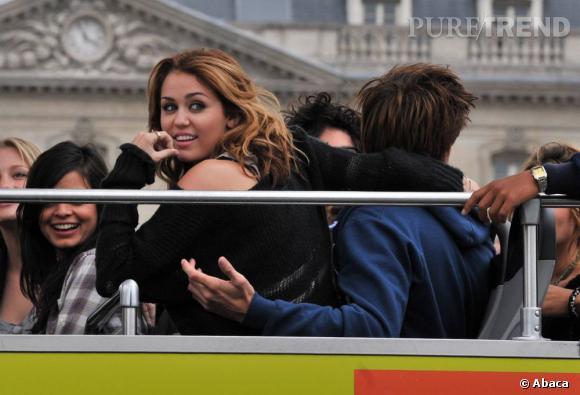 Miley Cyrus préfère le bus tour des touristes.