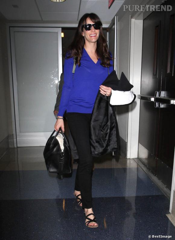 Liv Tyler à la sortie de l'aéroport de Los Angeles.
