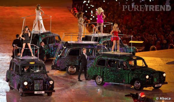 Les Spice Girls twiste le traditionnel cab anglais.