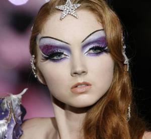 Son visage si particulier titille l'imagination des maquilleurs et permet les make-up les plus fantaisistes.
