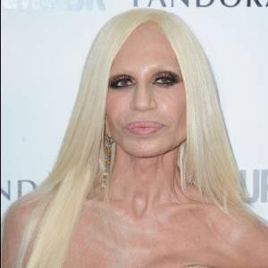 Donatella Versace n'aurait pas du s'inspirer de Lady Gaga...