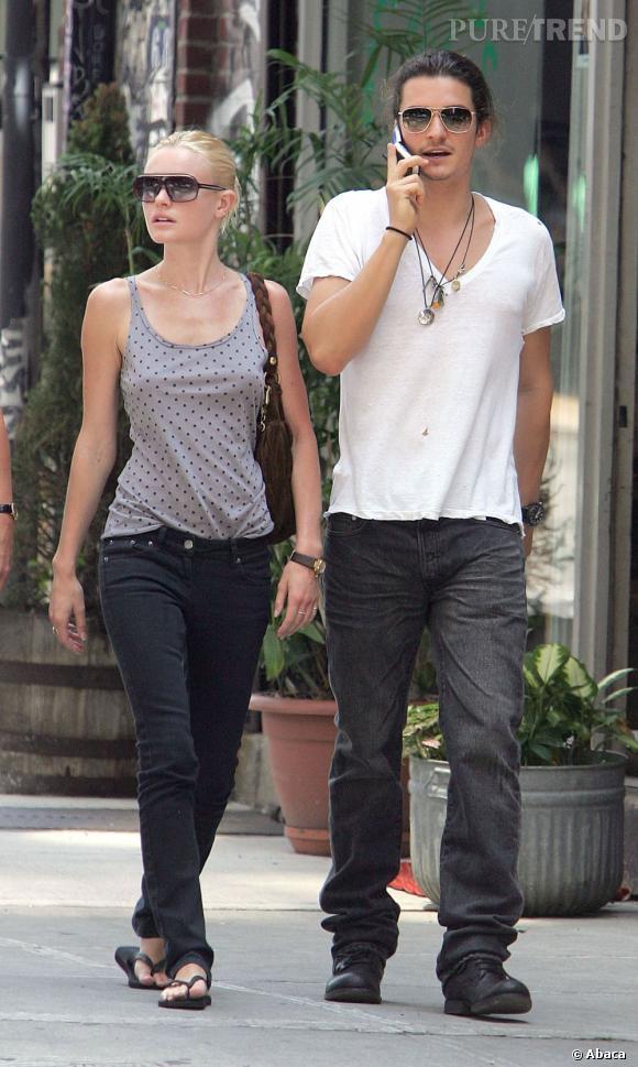 Kate Bosworth et Orlando Bloom ne sont pas du genre à s'ignorer quand ils se croisent. Au contraire, les deux stars sont restés amis et se font la bise ! Après tout, pourquoi être rancunier alors qu'ils ont depuis retrouvé l'amour, Kate avec Michael Polish, et Orlando avec Miranda Kerr.