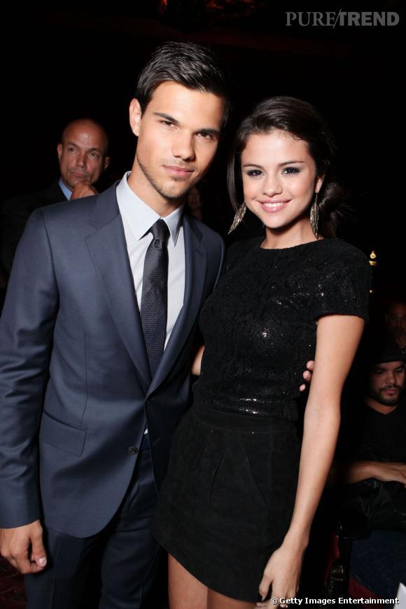 Selena Gomez et Taylor Lautner ont beau être séparés, ils continuent toujours de se croiser aux divers événements auxquels sont invités tous les jeunes artistes du moment. Et ils semblent être restés en bon terme !