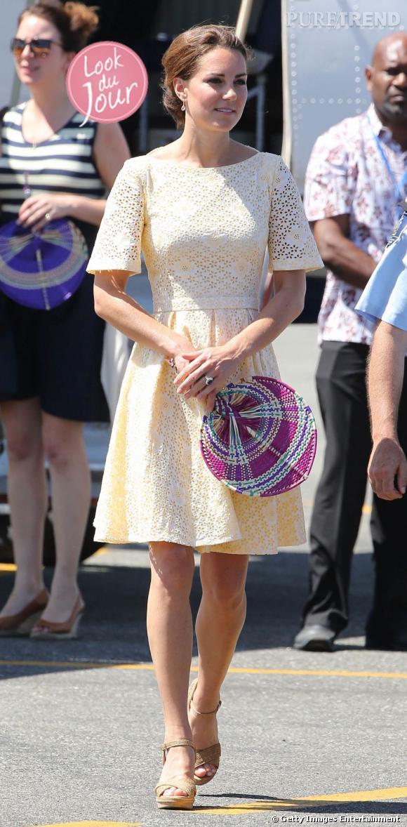 Kate Middleton à l'aéroport d'Honiara le 18 septembre dernier.