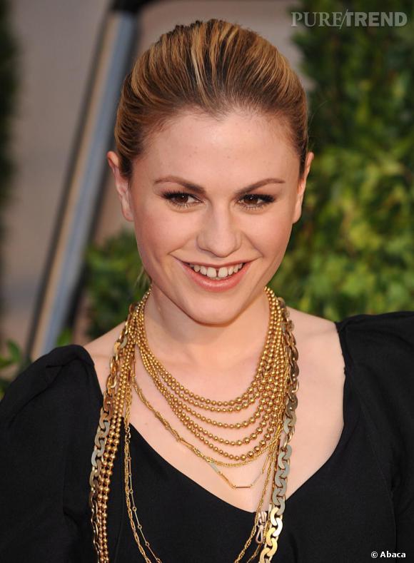 """Les stars et les dents du bonheur     Le mythique sourire s'impose aussi sur le petit écran. L'actrice Anna Paquin de """"True Blood"""" l'affiche sans complexe."""