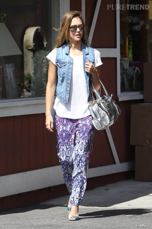 Jessica Alba dans les rues de Los Angeles le 27 septembre dernier.