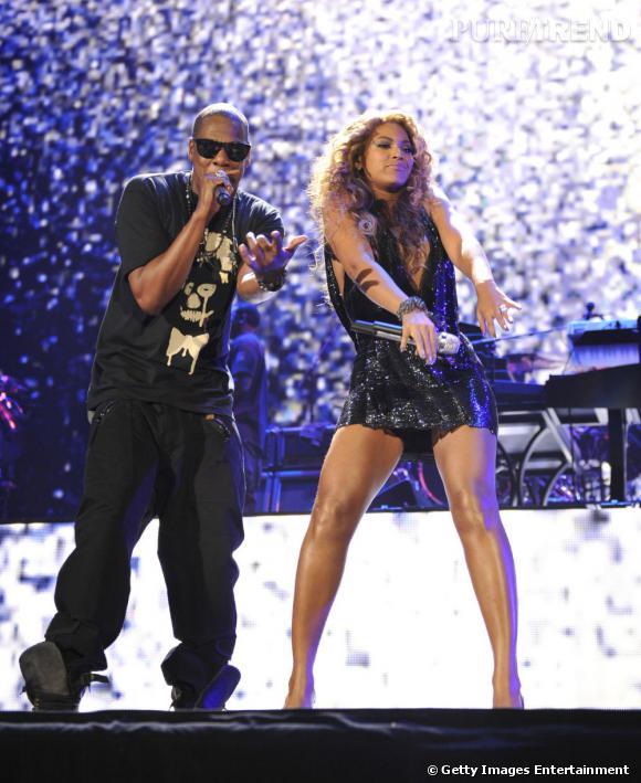 Beyoncé a rejoint son mari Jay-Z sur scène pour son dernier concert au Barclays Center de Brooklyn.