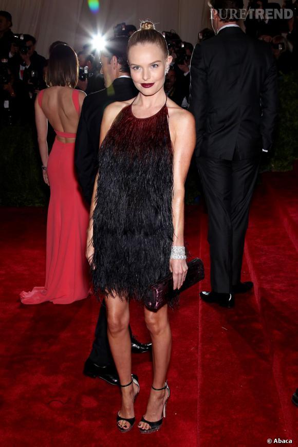 Kate Bosworth dramatiquement glamour.