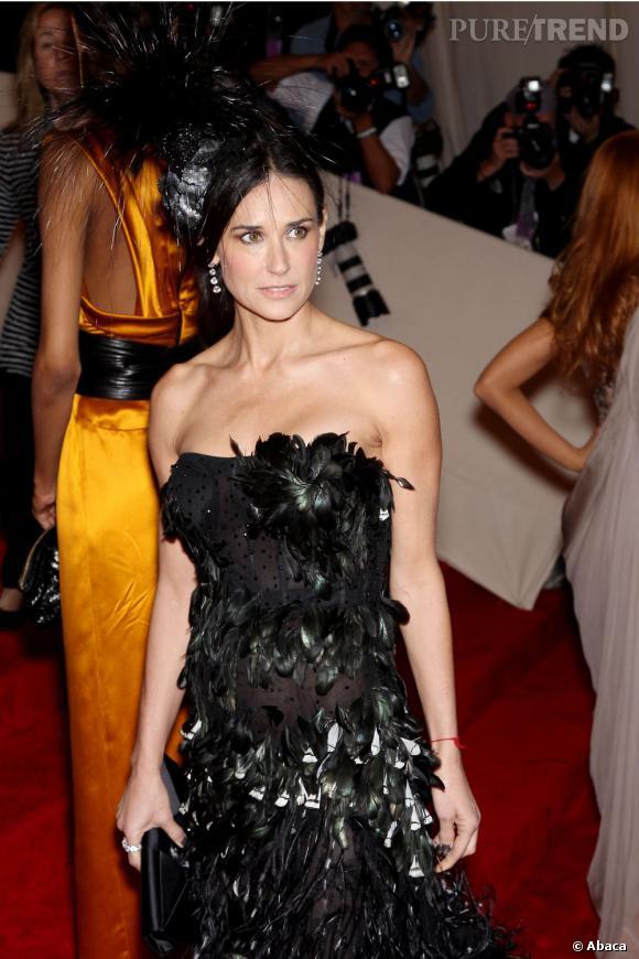 Demi Moore, jalouse de la relation d'Ashton Kutcher et Mila Kunis.