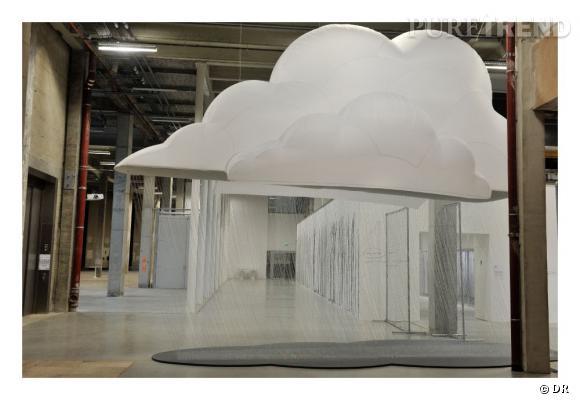 Nuage Accroché, 2012 par Fabryce Hyber - Palais de Tokyo