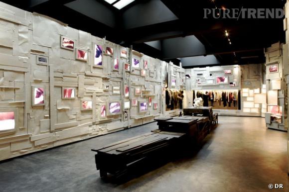 Braderie de l'Éclaireur, Galerie Nikki Marquardt, 9 Place des Vosges - 75004 Paris.http://fr.vente-privee.com/vp4/Login/Portal.ashx