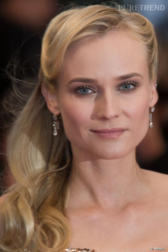 Parmi ses plus belles coiffures, Diane Kruger compte pas mal de side-hair.