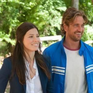 """Les deux acteurs jouent ensemble dans """"Playing For Keeps"""", ce qui les a amenés à sortir ensemble puis à rompre."""
