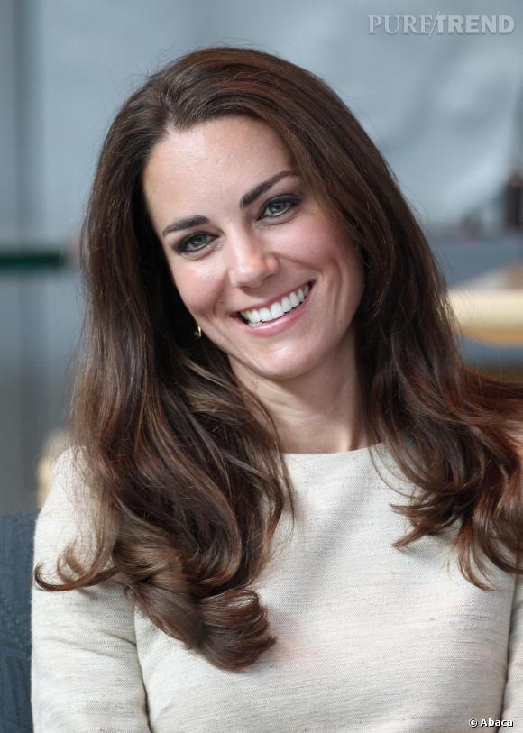 Dans la jolie famille royale, le sourire de Kate Middelton a fait des émules.
