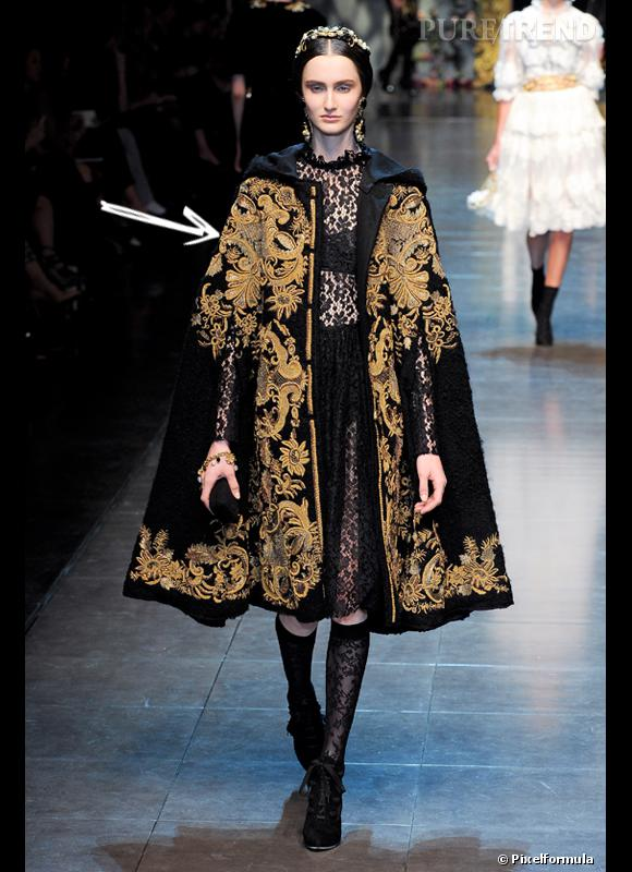 bf785805c8 Comment porter le manteau cet hiver ? Comme chez Dolce & Gabbana on