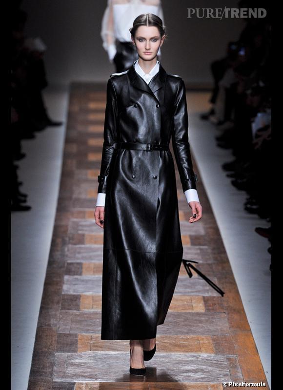 Comment porter le manteau cet hiver ?      Comme chez Valentino on peut tenter le total look cuir...     Défilé Automne-Hiver 2012/2013