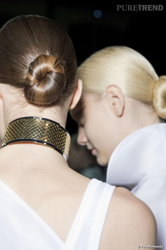 5 coiffures chics et glamour Le chignon ultra-plaqué façon danseuse a aussi la cote.