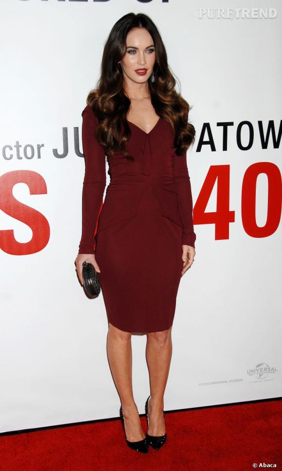 Megan Fox, sexy mama en Roland Mouret à Los Angeles.