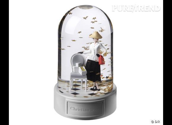 Le must have de Marijke  Boules à neige Dior pour le Printemps, 350 €