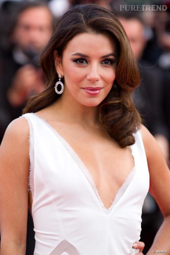 Les plus beaux make-up de 2012 : Sur le tapis rouge du Festival de Cannes, Eva Longoria a prouvé une nouvelle fois qu'elle maîtrisait ses classiques beauté.