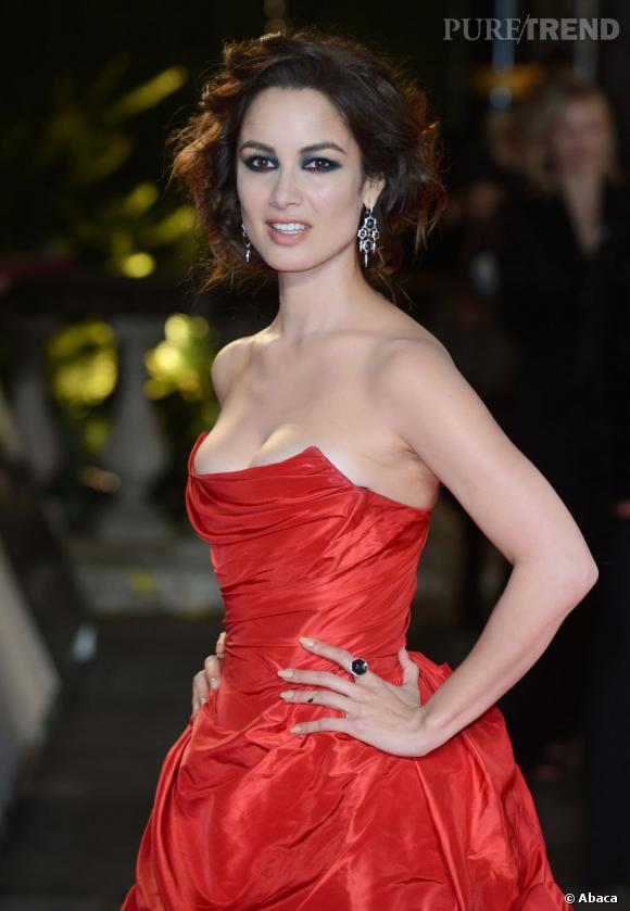 """Les plus beaux make-up de 2012 : La petite française de """"Skyfall"""", Bérénice Marlohe, s'est illustrée sur le red carpet avec des maquillages sophistiqués."""