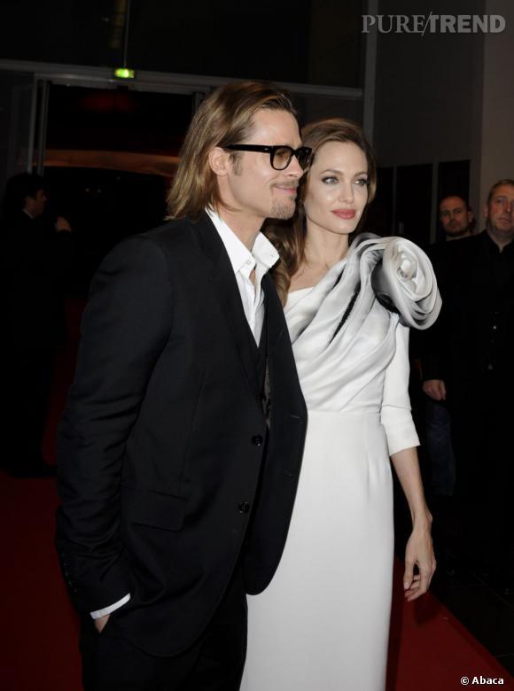 """Brad Pitt et Angelina Jolie, se sont-ils vraiment dit """"oui"""" ?"""