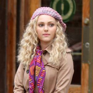 "AnnaSophia Robb joue la jeune Carrie dans la série ""The Carries Diaries"". Arrivera-t-elle à la hauteur de ""Sex And The City"" ?"