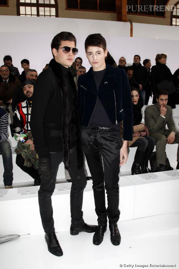 Peter II Brant (19 ans) et Harry Brant (16 ans) écument les défilés pendant la Fashion Week Homme de Paris.