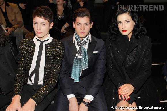 Harry et Peter II Brant au défilé Elie Saab Haute Couture, aux côtés de Dita von Teese.