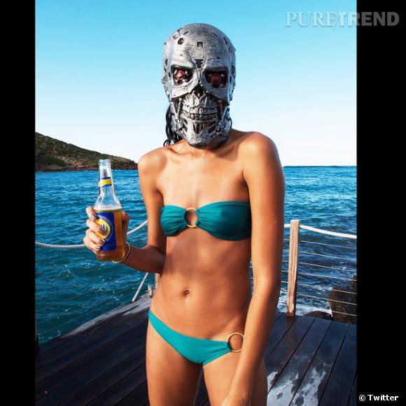 Mais qui se cache derrière cet hideux masque ? Croyez-le ou non, c'est Joan Smalls !