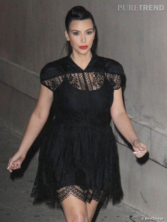 Kim Kardashian à Hollywood : enceinte et sexy.