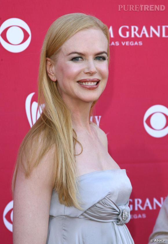 Bouche, pommettes, front ... les méfaits du botox sur Nicole Kidman.