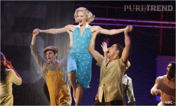 Les fans retrouveront avec plaisir les aventures d'un groupe d'artistes de Broadway...