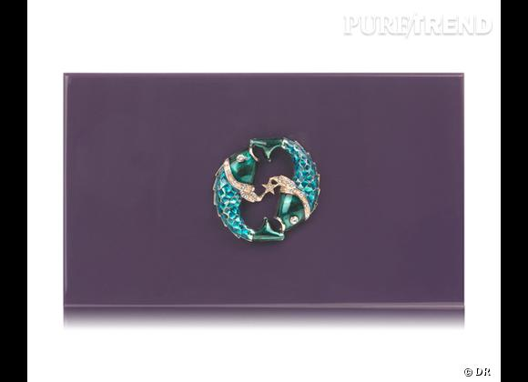 "Must have : minaudière ""Zodiac Pandora"" Charlotte Olympia, 795 €   Signe : Poissons"