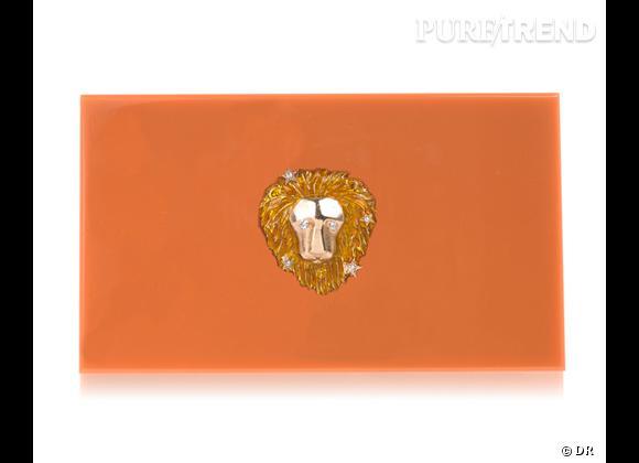 "Must have : minaudière ""Zodiac Pandora"" Charlotte Olympia, 795 €   Signe : Lion"