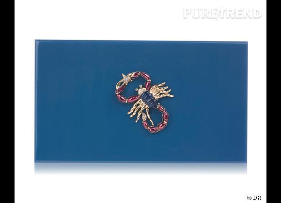 "Must have : minaudière ""Zodiac Pandora"" Charlotte Olympia, 795 €   Signe : Scorpion"