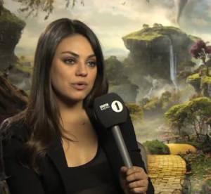 Mila Kunis, draguee en pleine interview par un journaliste