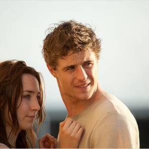 """Max Irons, le fils de Jeremy Irons et Saoirse Ronan pour """"Les âmes vagabondes""""."""