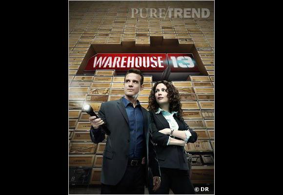 """Quasiment sur le même principe, """"Warehouse 13"""" raconte les aventures de deux agents du FBI devant récupérer des objets aliens pouvant nuire à l'humanité."""