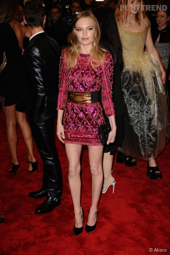 "Kate Bosworth porte une robe Balmain et des escarpins Christian Louboutin au MET Ball 2013, ""Punk : Chaos to Couture""."
