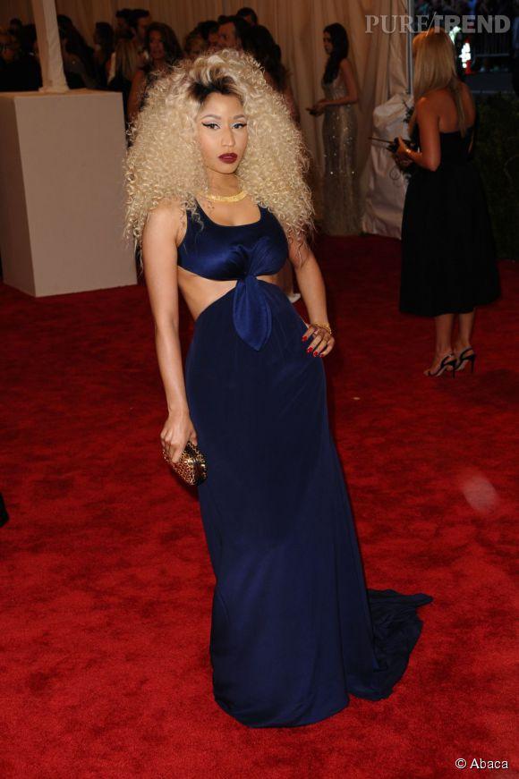 "Nicki Minaj en robe Tommy Hilfiger au MET Ball 2013, ""Punk : Chaos to Couture""."