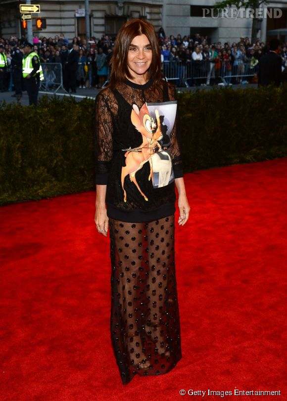"""Carine Roitfeld en Givenchy au MET Ball 2013, """"Punk : Chaos to Couture""""."""