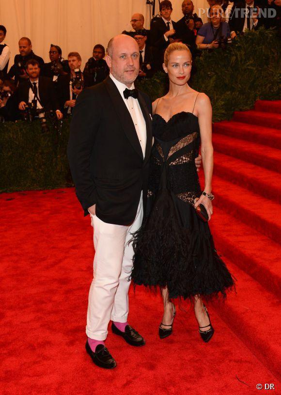 "Carolyn Murphy, en total look Nina Ricci, avec Peter Copping au MET Ball 2013, ""Punk : Chaos to Couture""."