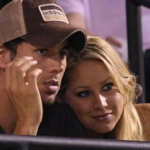 Anna Kournikova, tennis-woman et son chanteur de futur mari, Enrique Iglesias.