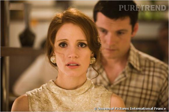 """Jessica Chastain : ses coiffures au cinéma    Toujours dans """"L'Affaire Rachel Singer"""", elle se fait élégante, coiffée d'un chignon."""
