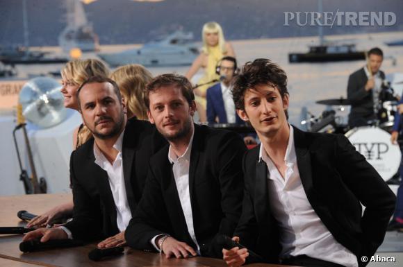 """Nicolas Duvauchelle, Francois-Xavier Demaison et Pierre Niney, partenaires dans """"Comme des Frères"""" sur le plateau en 2012."""