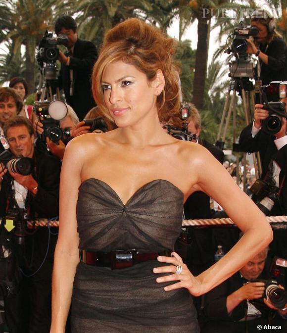 Les plus beaux décolletés de Cannes : Eva Mendes, tendance caramel.
