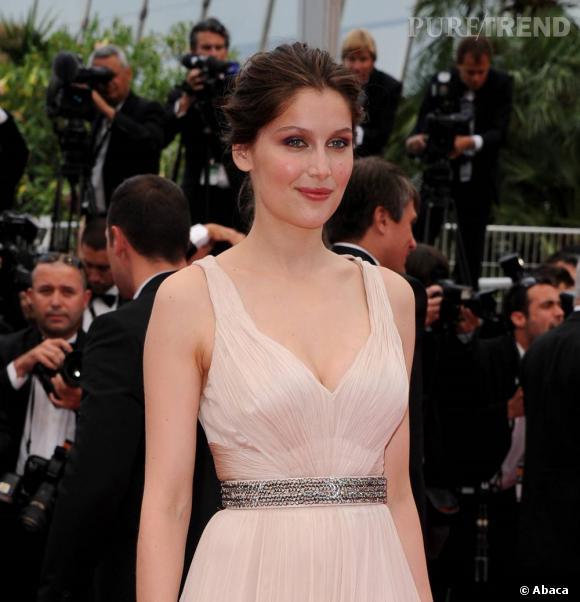 Les plus beaux décolletés de Cannes : Laetitia Casta, romantique.