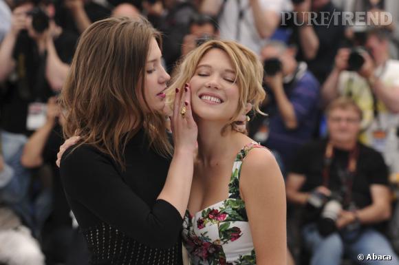 """Léa Seydoux et Adèle Exarchopoulos pour """"La vie d'Adèle"""" à Cannes 2013."""